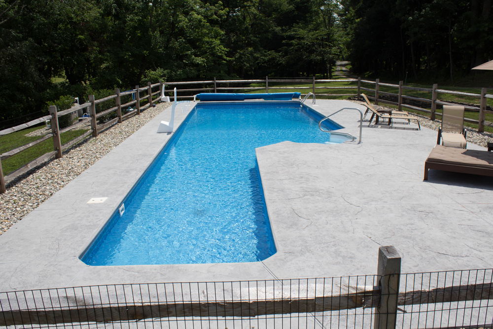custom-lap-pool-east-amwell-nj