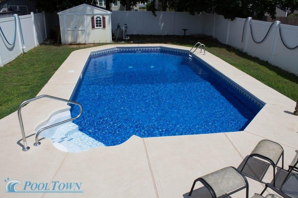 deluxe-grecian-pool